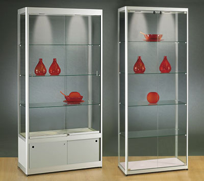 Rundpfostenvitrine Protection